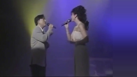 叶倩文与吕方合唱《船歌》没想到倩姐这么高!女神范十足!