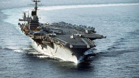 美军1天内狼狈撤离,航母上挤满人,带不走的战机全推进海里