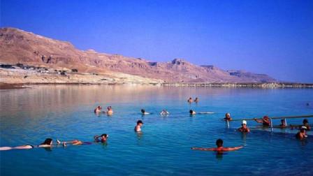 在死海游泳又淹不死,为何还是没人敢游泳?导游:不要把这件事想太简单!