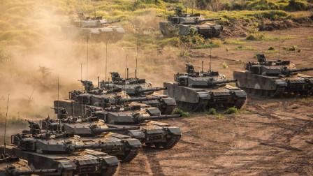 超级军火库曝光!馋酒士兵发现荒废30年破山洞,暗藏300门火炮坦克