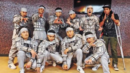 没口罩的忍者团见过吗?演绎重金属街舞,兵马俑服傻憨又不失帅气