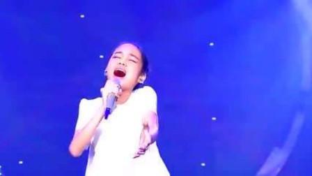 这首歌30年无人翻唱成功,竟被11岁女孩唱出原味,难得的好声音
