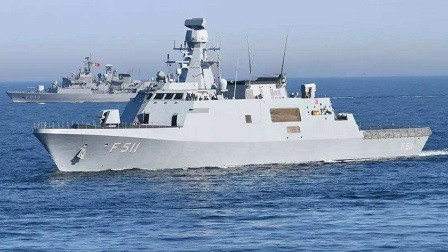 莫迪表示强烈反对,巴铁已获亚洲强国支持,多艘军舰连夜开工建造