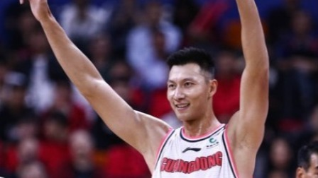 CBA-易建联VS天津,20分6篮板如愿加冕历史得分王 CBA 19/20赛季 第8轮 天津先行者VS广东东莞银行 1