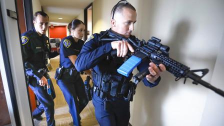 美国警察一年要击毙多少嫌犯?一年没到头,这个警局34次了!