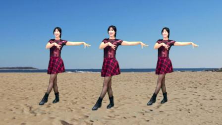 点击观看《阿采入门32步广场舞教程《外婆的澎湖湾》无基础都能学会》