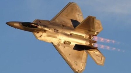 F-22暴露出诸多缺陷,一代神机跌下神坛,中国歼-20优势明显