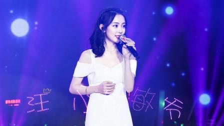 汪小敏当年在华语乐坛很少人认识她,一首歌后,众人为她着迷