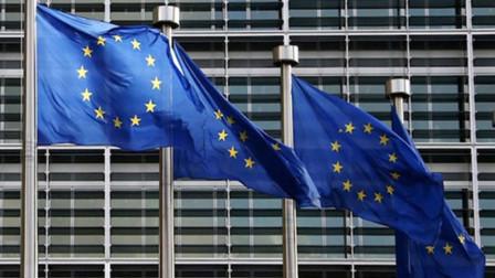 欧盟在十年内解体?普京大胆预言,半数欧洲民众:同意