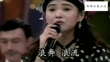 伊能静演唱《上海滩》,当年能说能写能唱全能才女,简直太着迷了
