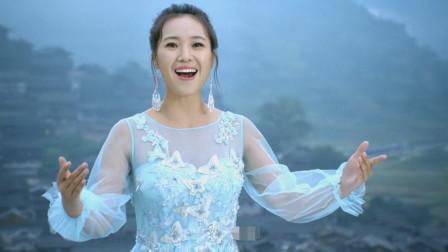 云朵又火了!翻唱刘三姐山歌太惊艳了,开口记不起原唱是谁