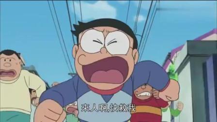 哆啦A梦:大雄意外跑进马拉松比赛队伍,并获得了第一名
