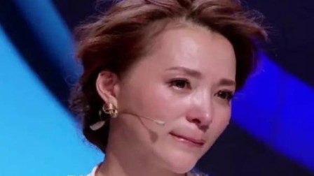 终于公开了,董卿流泪谈儿子的亲生父亲,网友:怪不得不公开