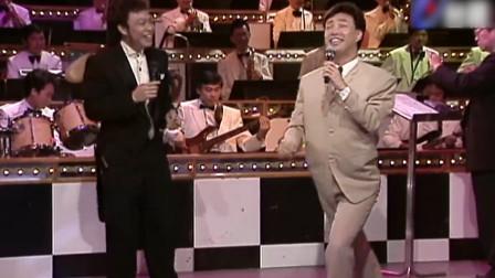 费玉清翻唱《爱情恰恰》,唱着唱着还跳起舞,这舞姿太魔性了!