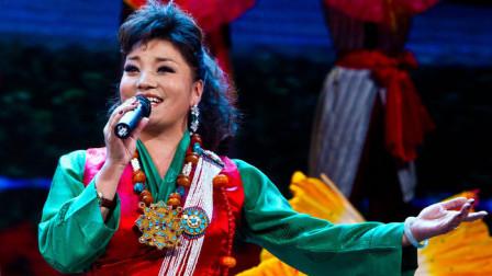 经典原唱巴桑一首《天路》,唱出了中国繁荣的情景,好听醉了
