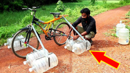 """印度小伙发明""""水桶""""自行车,能在水上骑行吗?25元造一个!"""