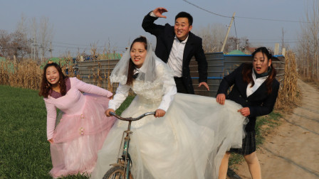 校园剧三轮车1:师生们坐三轮车兜风,回忆儿时的糗事,真有趣