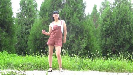 漂亮大姐初级冬季健身舞《很有味道》 永东广场舞