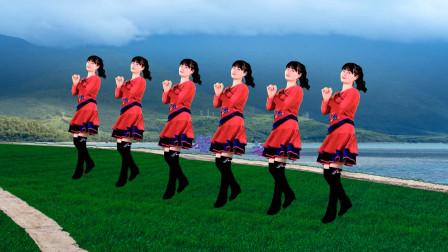 点击观看《益馨广场舞《爱情醉醉醉》32步健身舞附分解教学》