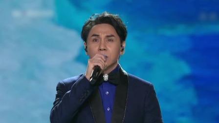 黄凯芹现场演唱《晚秋》,一人一首成名曲 东方卫视跨年晚会 20191231