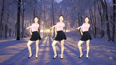 点击观看《艾And幼广场舞《花儿哪有阿妹俏》简单好学32步健身操》
