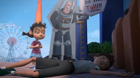 女孩想坐过山车,但是身高不够,于是她便把自己的头撞出一个大包