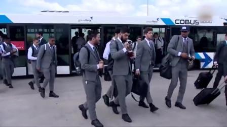 全力出击!巴萨全队乘机抵达利物浦市备战欧冠