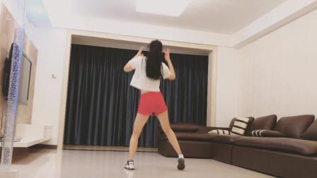 32步广场舞《爱情错觉》注意健康生活更棒