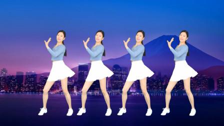 点击观看《艾And幼广场舞《一生与你擦肩而过》网络流行64步》