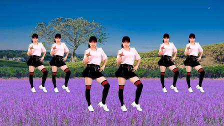 点击观看《益馨广场舞《美美哒》 0基础舞蹈》
