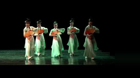 舞台表演古典舞《醉春风》