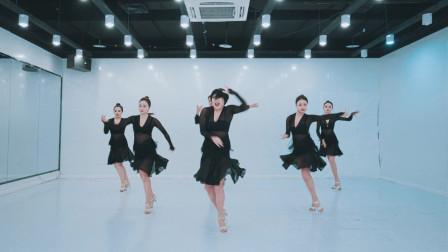 单色舞蹈 性感美女拉丁舞视频