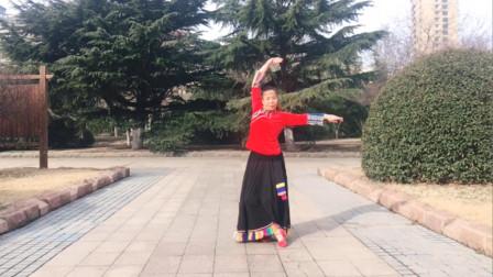 快乐亦凡广场舞《九千年的承诺》藏族舞 动作简单大气易学会