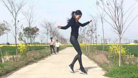 艾And幼广场舞《最美的伤口》初级入门50步鬼步舞