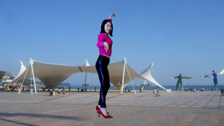 点击观看《简单入门爵士风舞蹈《空城》 静儿舞蹈视频》