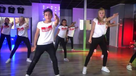 点击观看《简单儿童舞蹈教学 DJ Khaled少儿舞蹈口令分解镜面教程》
