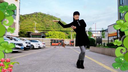 麦芽广场舞《对面的小姐姐》 新鲜出炉的舞蹈