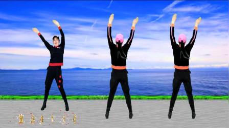 点击观看《广场舞视频大全《带我去远方》正背面视频》