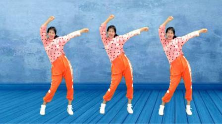阿采广场舞《朋友醉一场》 几个动作锻炼全身