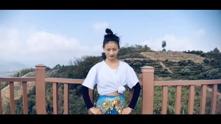 傣族舞大全《竹舞》 室内美女跳得好