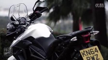 2015 凯旋Tiger 800 探险摩托车官方宣传视频