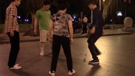 南派视频-平台公园中央约花毽爱图片