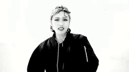 嘻嘻娱乐 2015 2月 4minute公开《Crazy》舞蹈版MV 展力