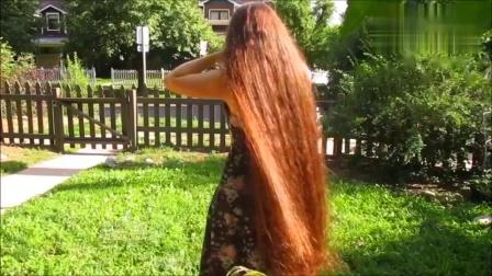 时尚发型:大姐留了十几年的长发,轻轻撩起来,瞬间魅力十足-_超