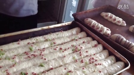 肉松卷面包1