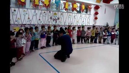 宝宝幼儿园新年联欢会
