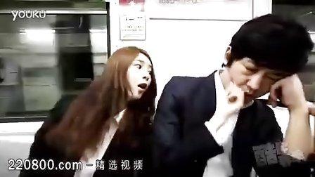 韩国妹子地铁尴尬之举 搞笑视频