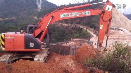 挖机225日立装车