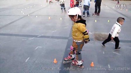 儿园杨玉博轮滑视频