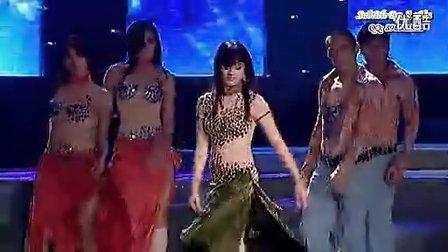越南美女翻唱--容易受伤的女人-唱功赞!